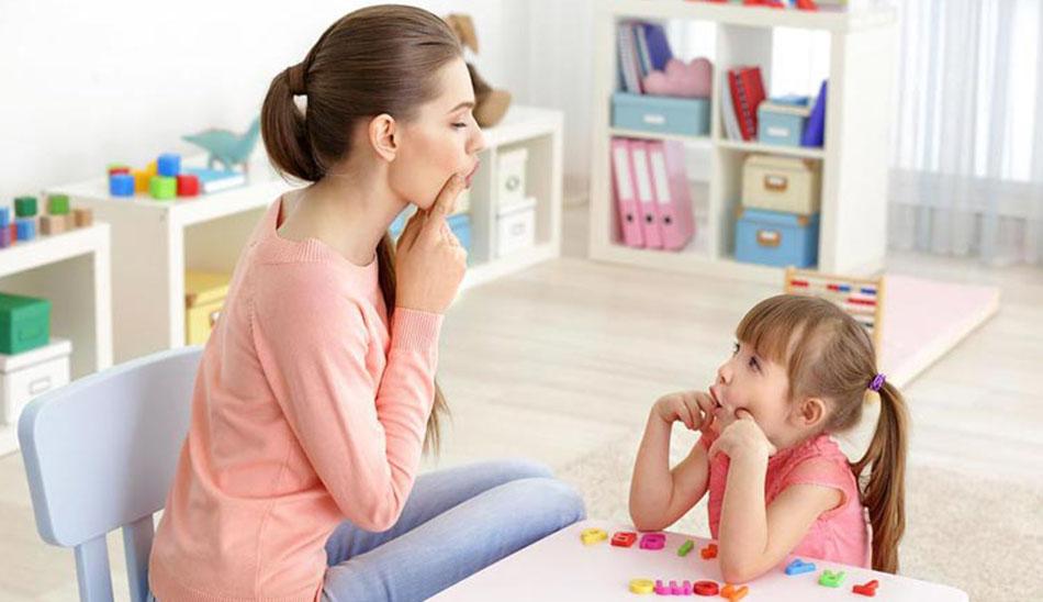 علائم لکنت زبان در کودک
